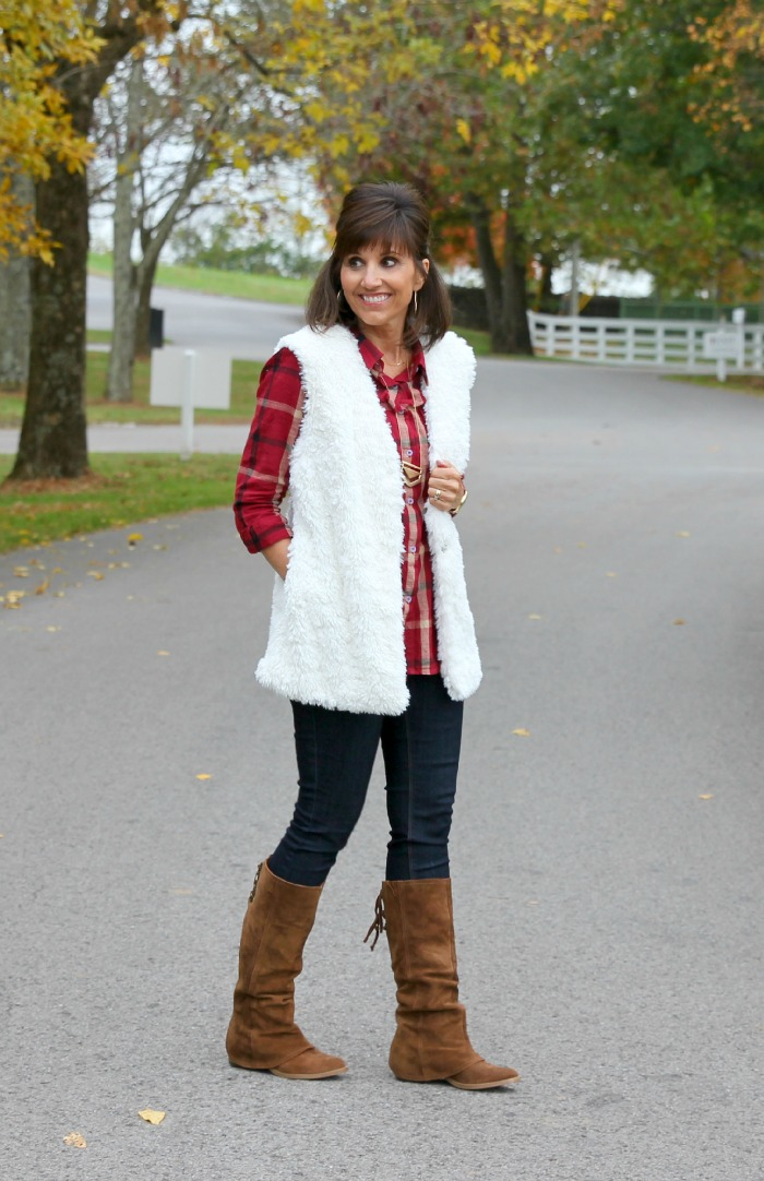 white vest with boots