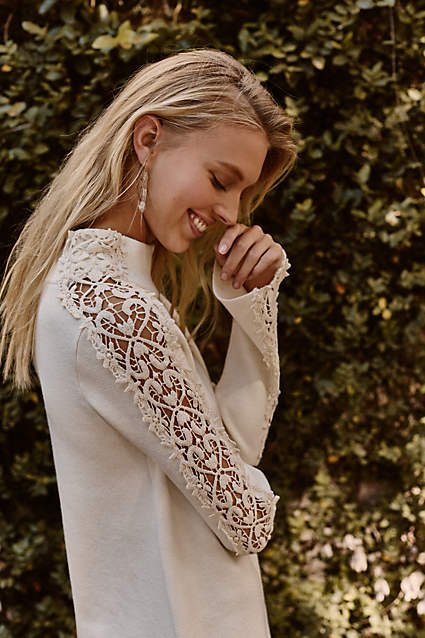 Christmas Gift Idea-Lace Trend