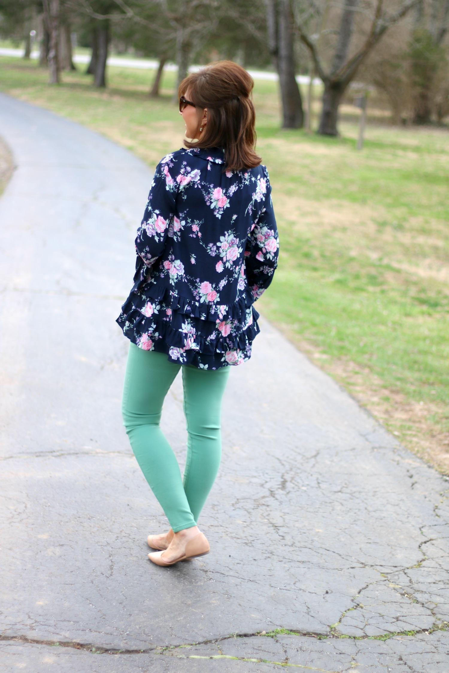27 Days of Spring Fashion: Khaki Vest & Floral Top