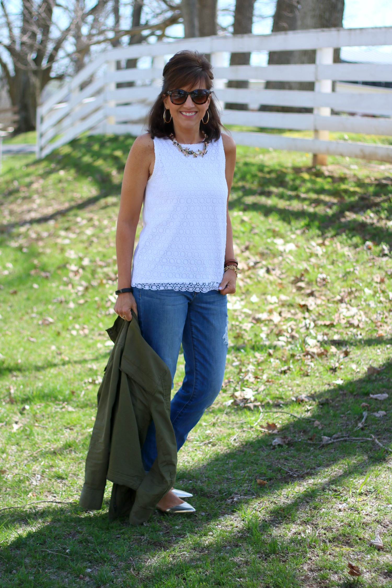 27 Days of Spring Fashion: Lace Top with Distressed Jeans