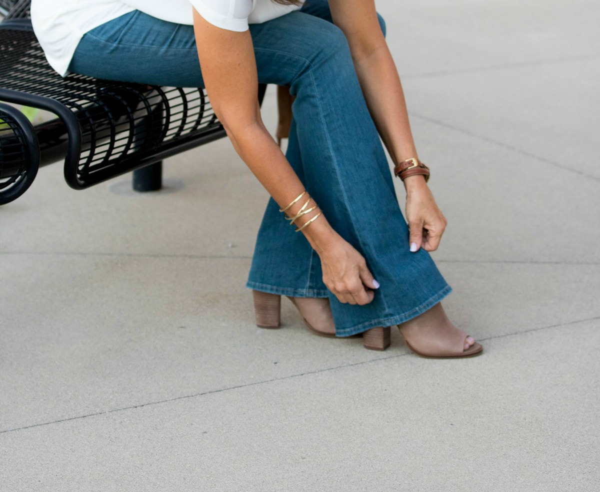 How To Style Flare Jeans