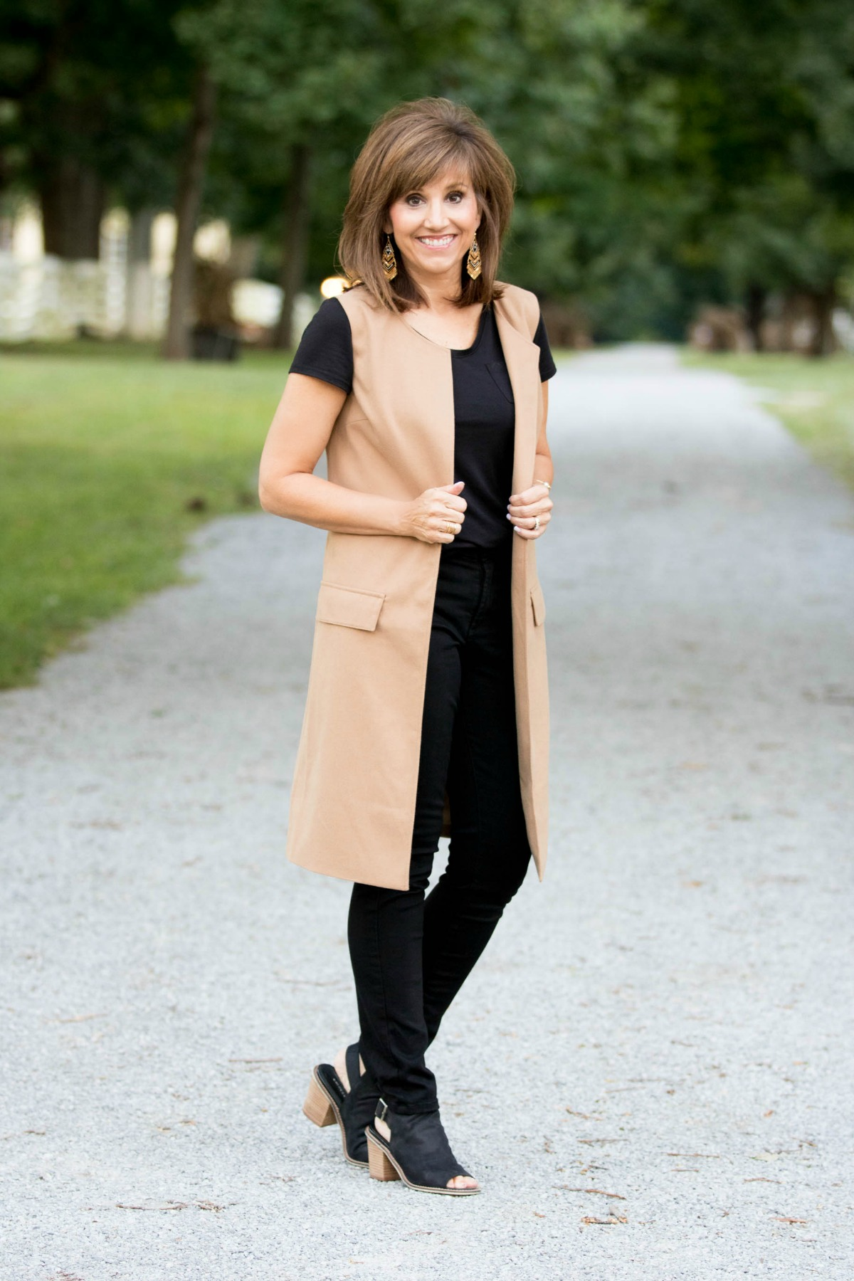 Fall Fashion-The Sleevless Blazer