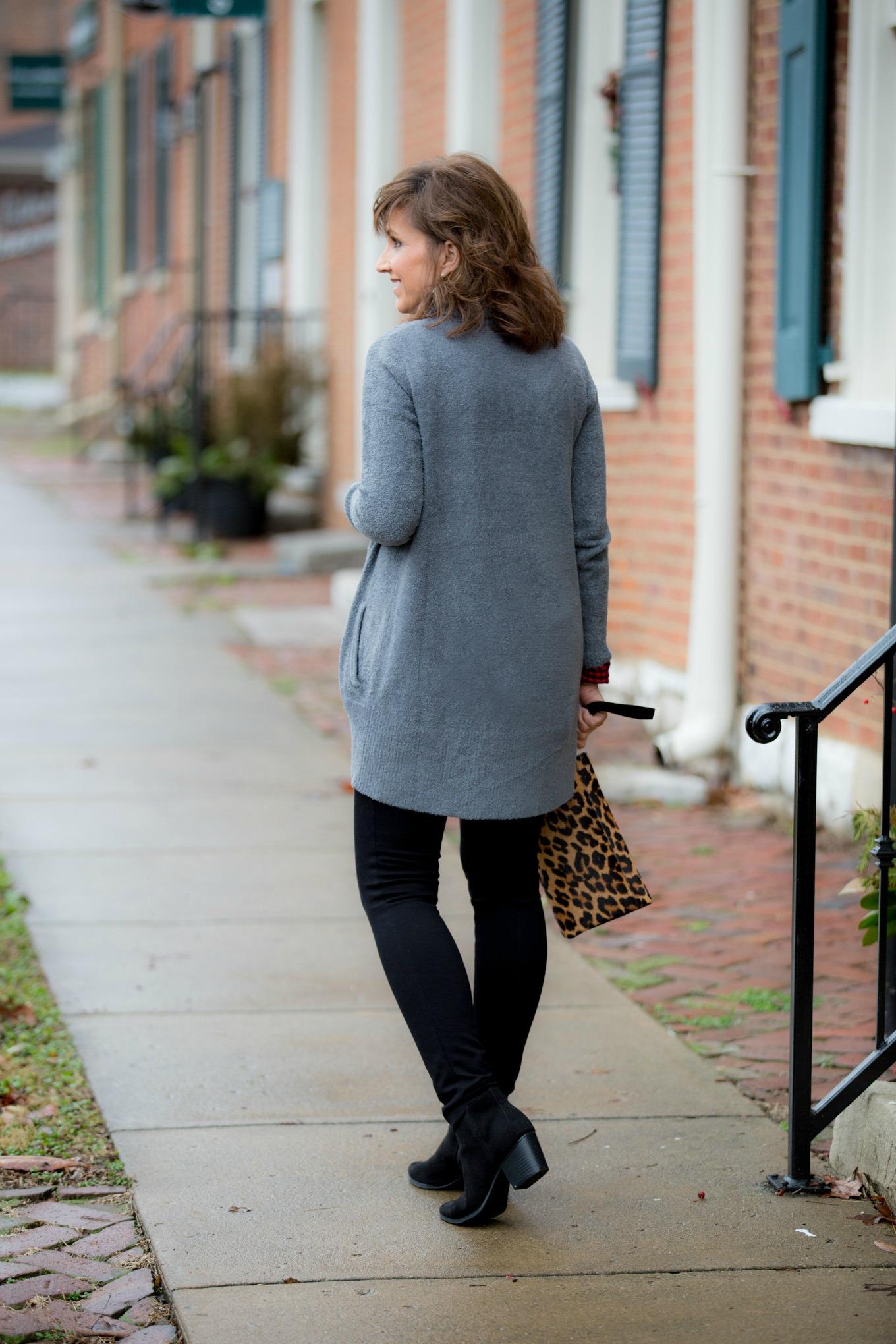 Fashion blogger, Cyndi Spivey, styling a cozy cardigan.