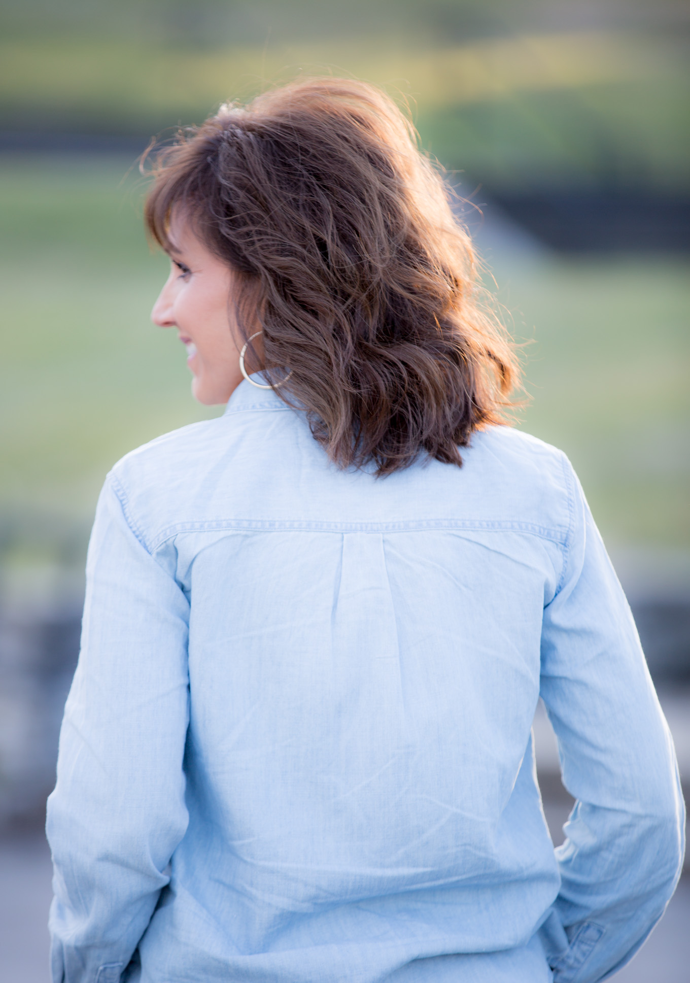 Fashion blogger, Cyndi Spivey, shares How To Add Soft Curls To Your Hair