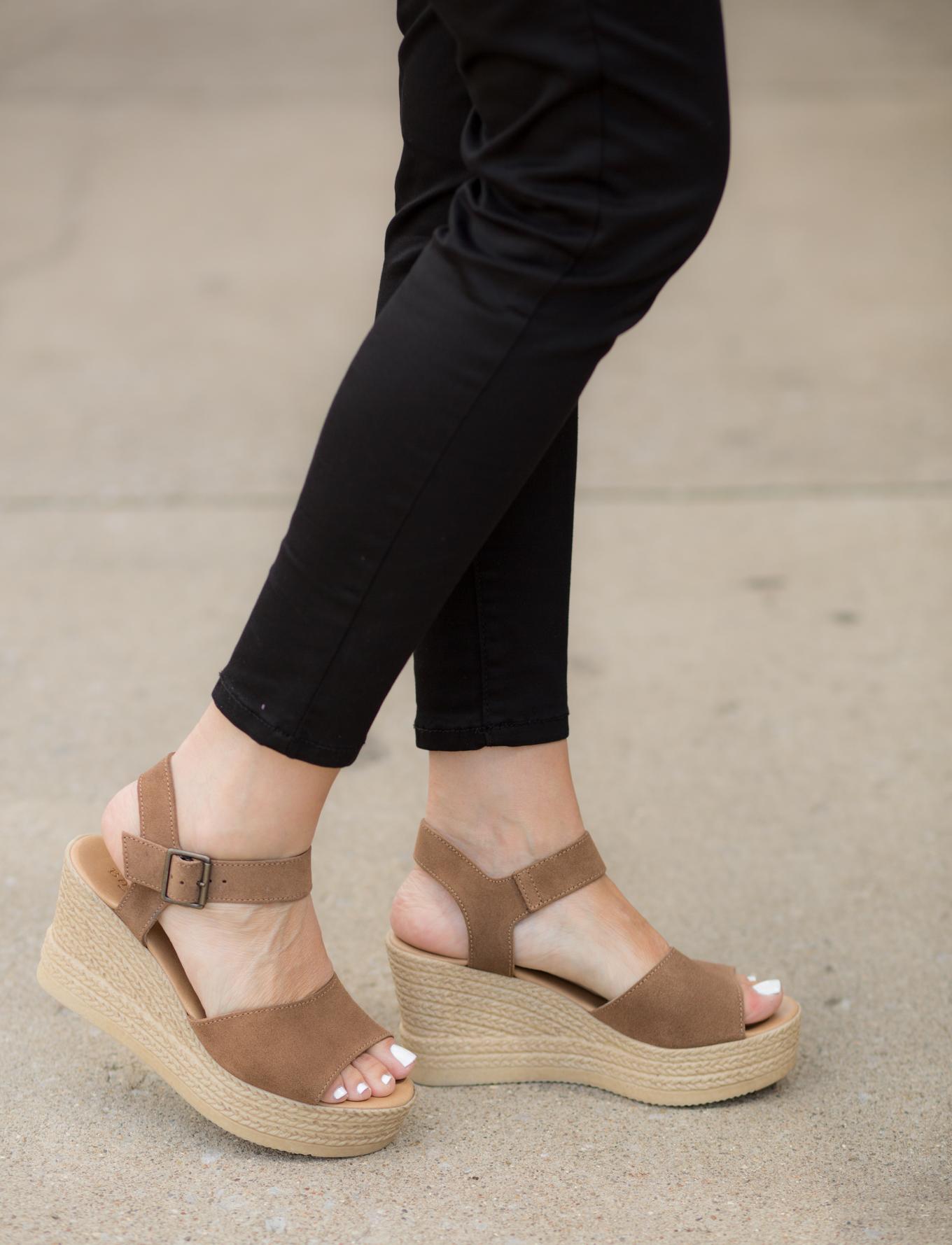 Floral Top + Black Jeans + Platform Sandal