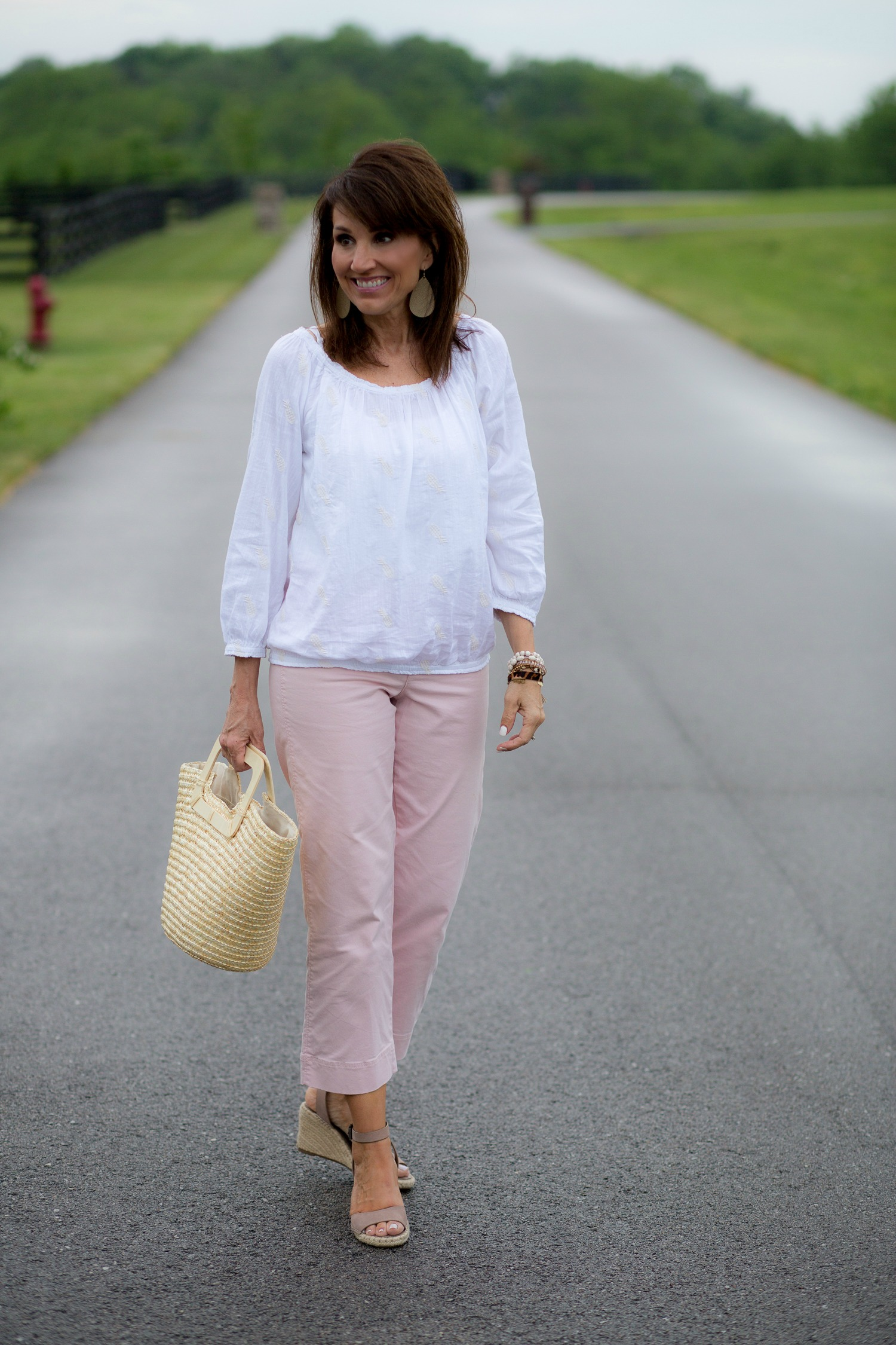How to Style Wide Leg Cropped Pants