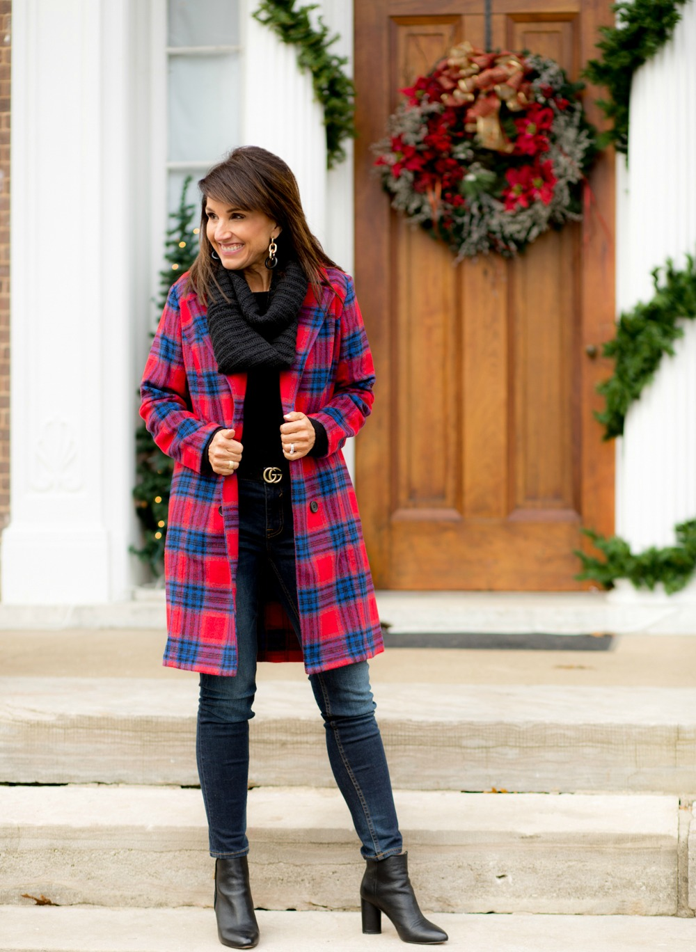 Stylish Plaid Coat Outfit