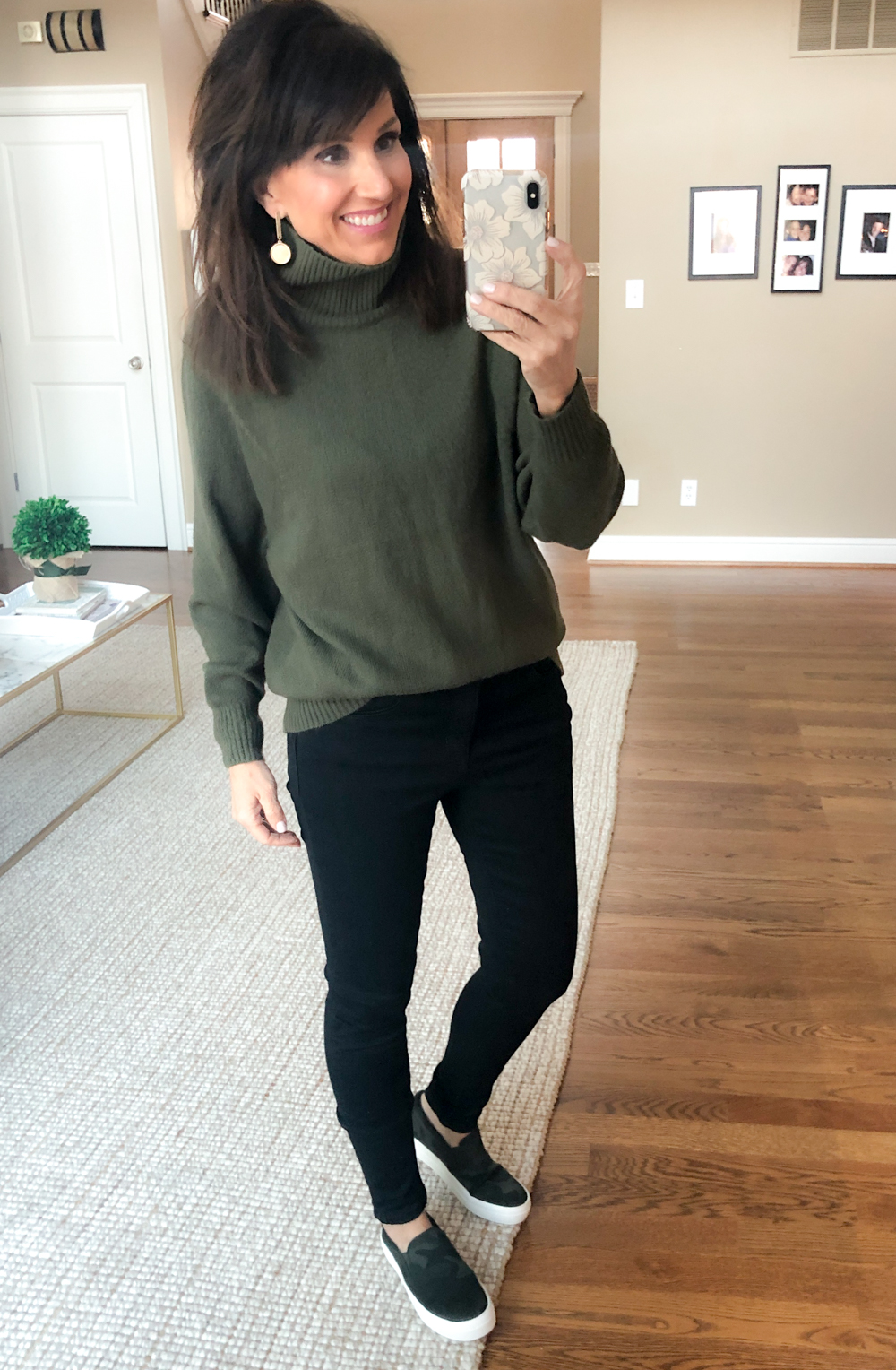 6 Ways To Style Black Jeans - Cyndi Spivey