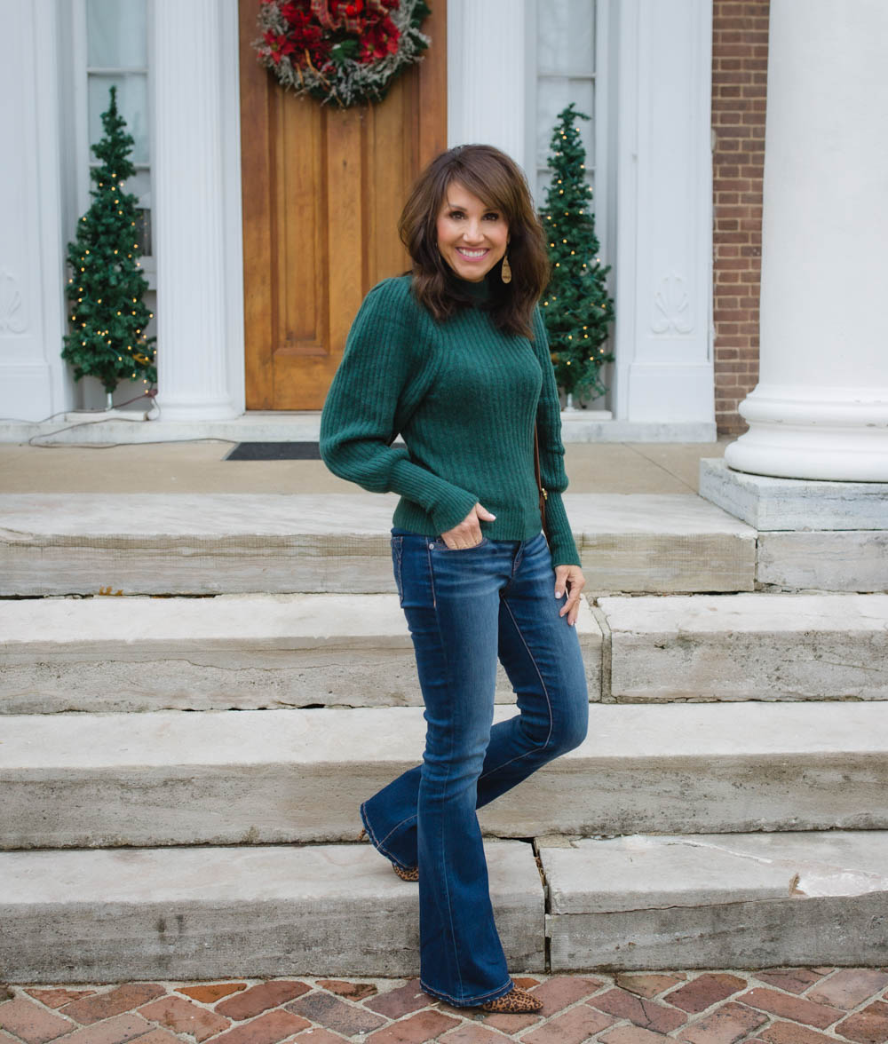 Cute Sleeves and Flare Jeans