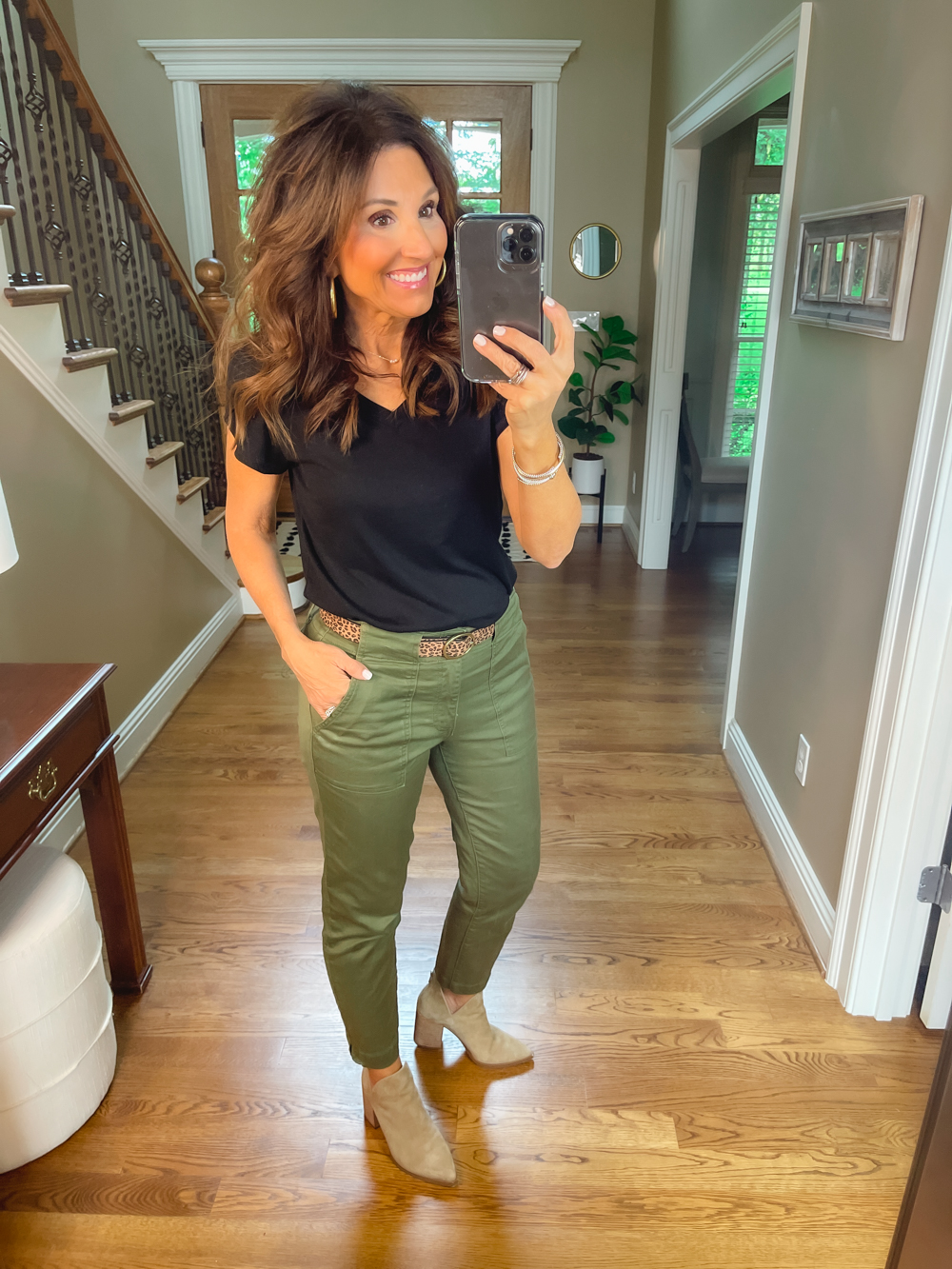 5 Ways to Wear Olive Pants