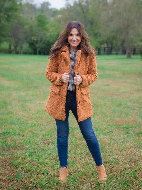 3 Jacken-Trends, die dich diesen Herbst kuschelig halten